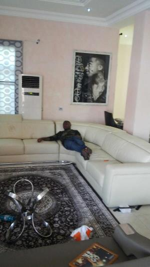 Inside Davido's sitting room